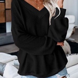 Sweaters - Black V Neck Knit Sweater
